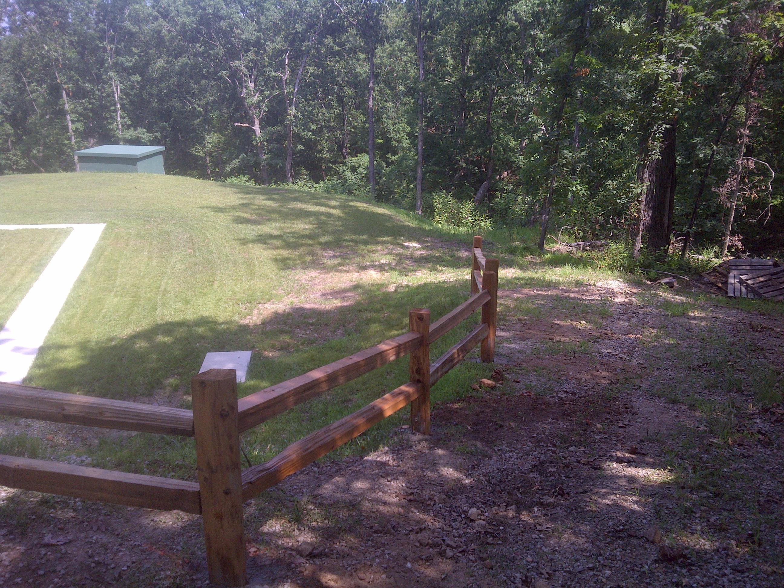 Wood fencing 2 baanklon Gallery